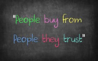 אנשים עשים עסקים עם חברות שמאמינים להן..
