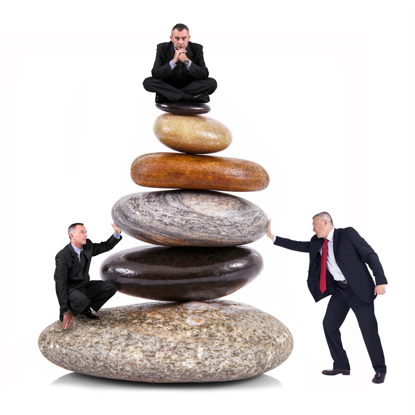 ממשבר לצמיחה – באמצעות שינוי מבני ומיתוג