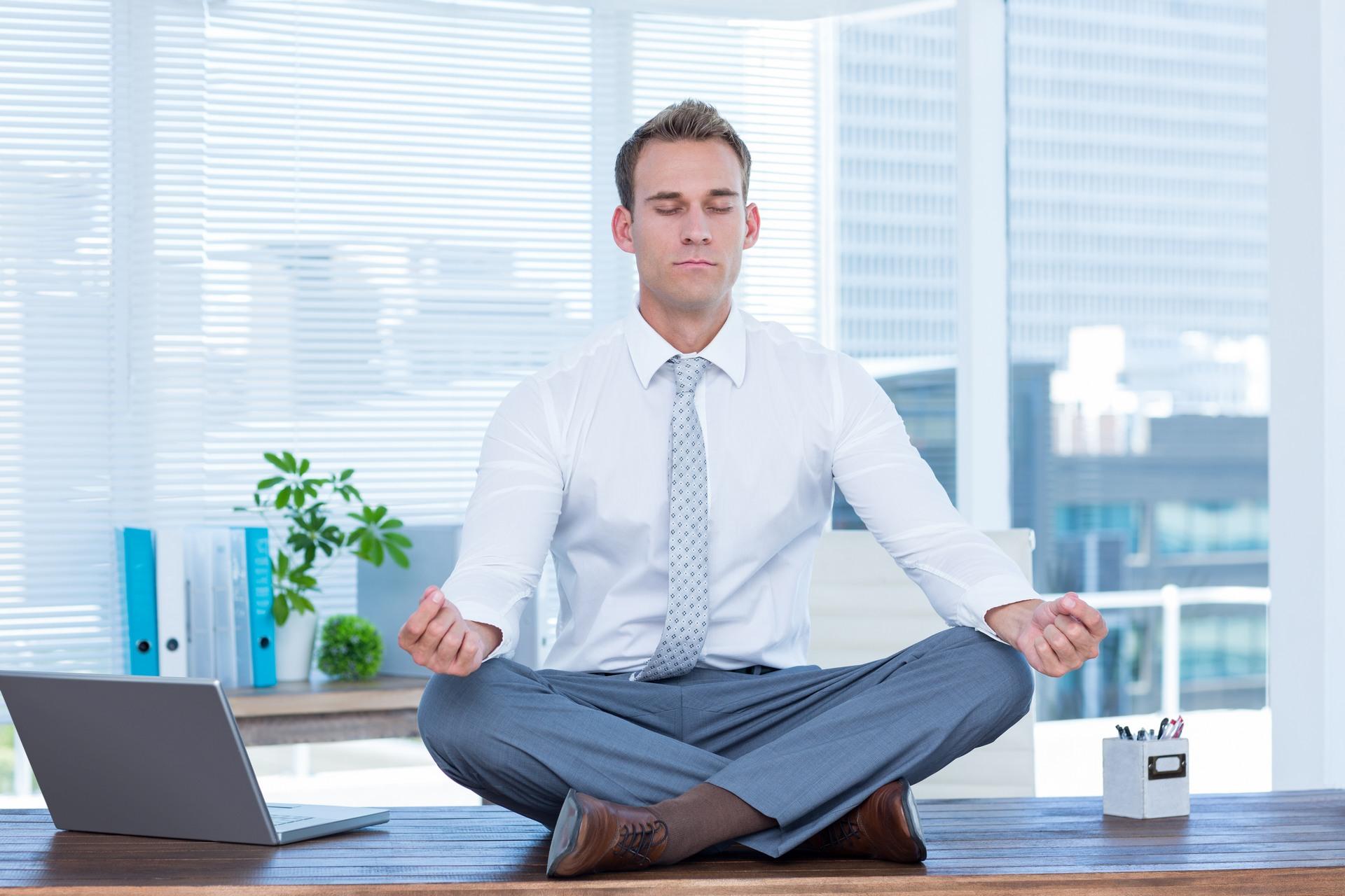כיועץ ארגוני ועסקי אני אומר: מדיטציה לא תמיד עוזרת. צריך לרכוש מיומנויות ניהול ומכירות