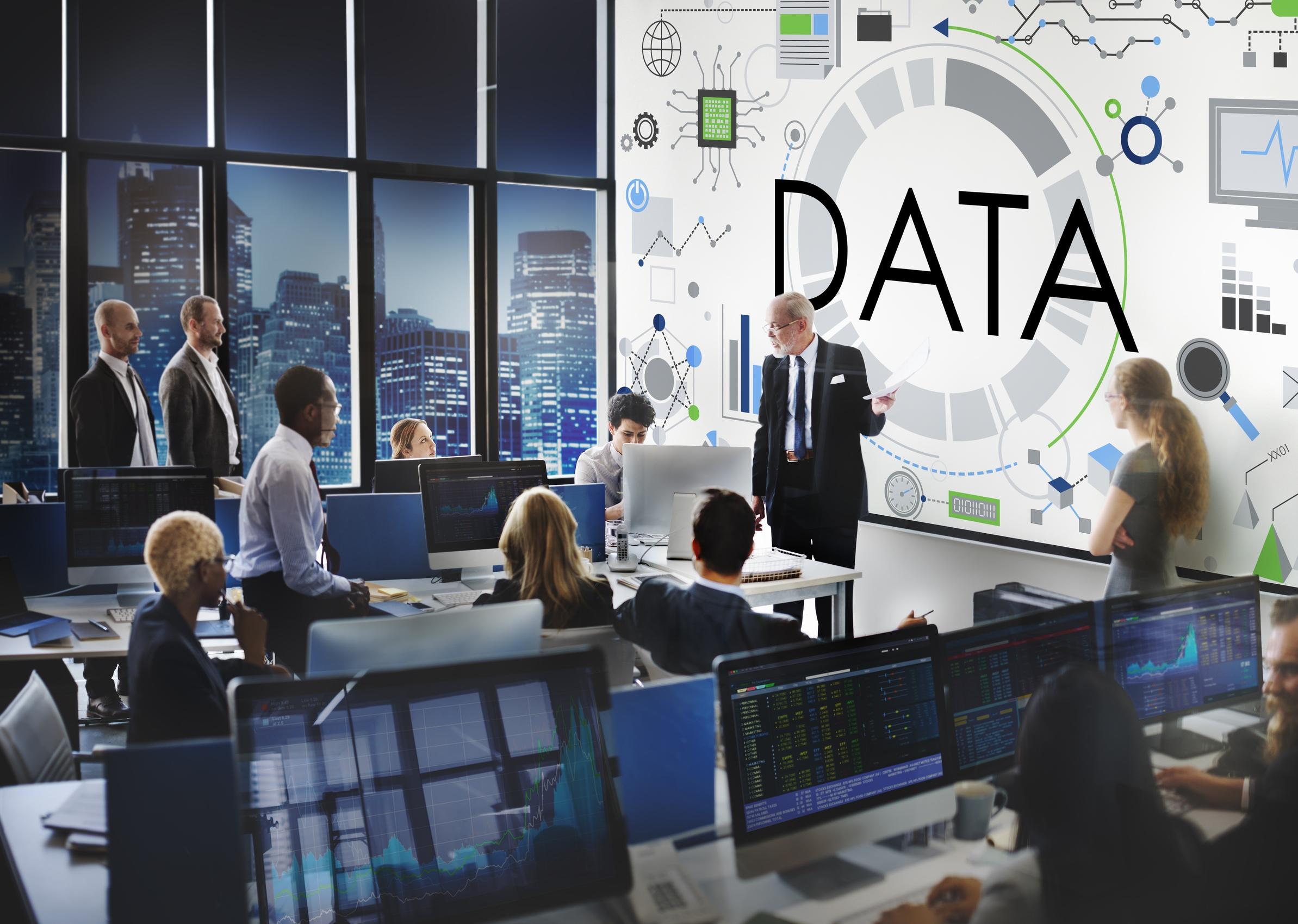 נתחו את הנתונים. מדיניות השירות – חווית הלקוח וערוצי התקשורת שלכם מול הלקוחות?