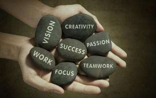 כל בוגר תעשיה וניהול או כלכלה ומנהל עסקים מבקש להשאיר חותם כמנהל. מתברר כי במציאות של היום בו כל צעיר מבקש להפוך למנהל – אינה פשוטה כלל ליישום והשגה.